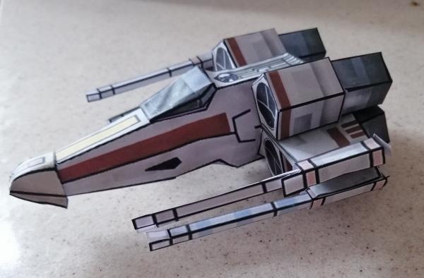 Космический корабль бумажный шаблон