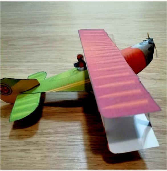 Бумажная модель самолета